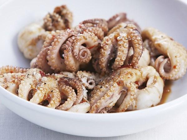 Chilli garlic octopus