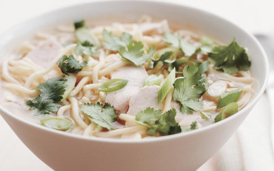 Thai chicken noodle soup recipe | FOOD TO LOVE