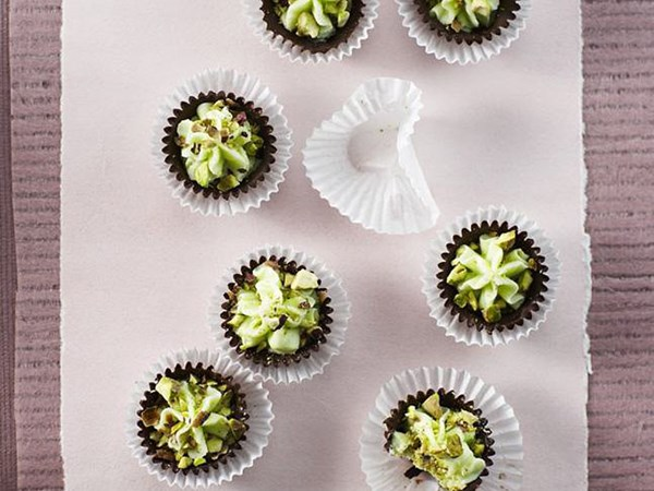 Minted chocolate creams