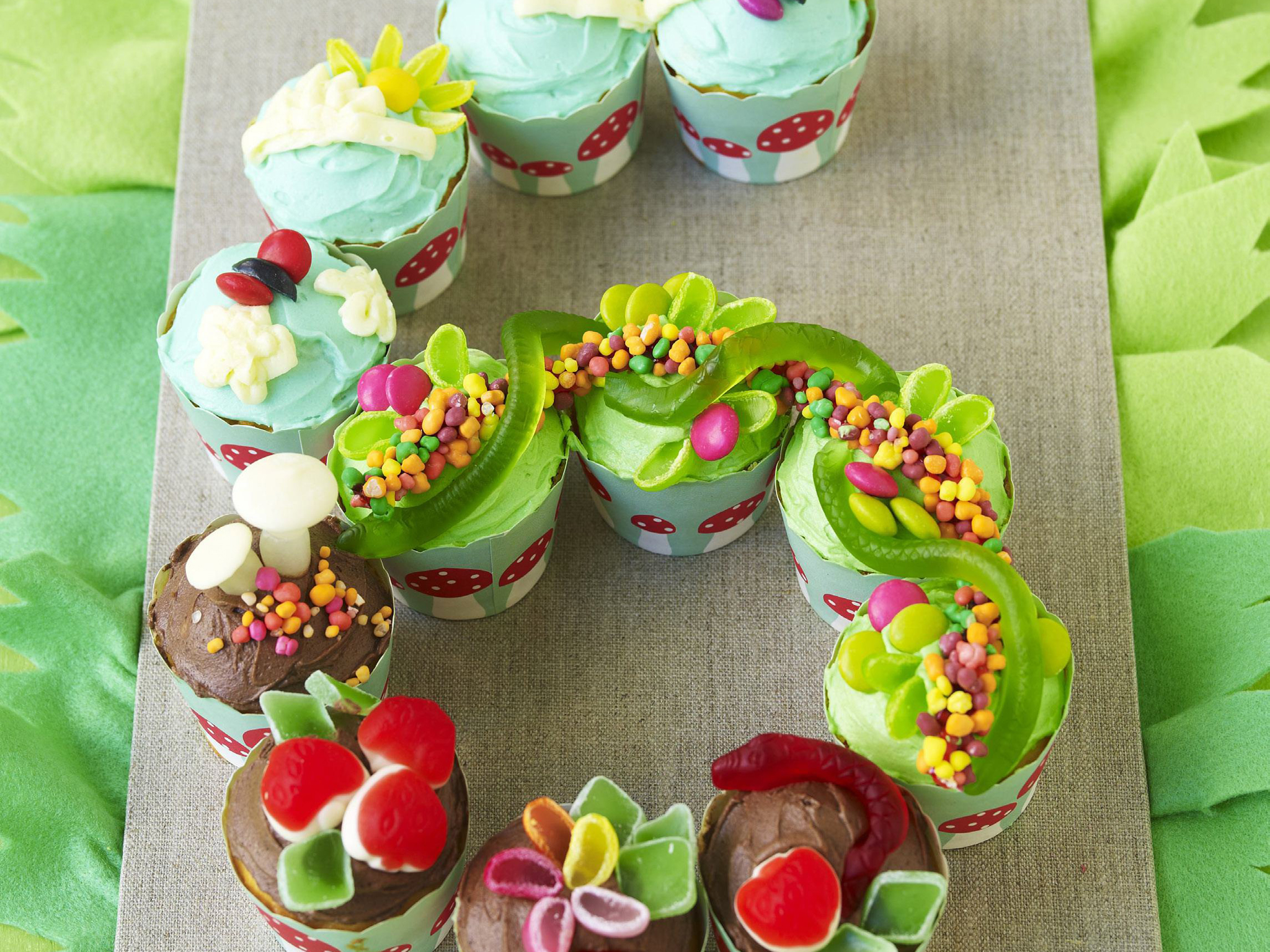 Number Six Snakes Alive Birthday Cupcakes Recipe Food To Love