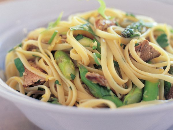 Linguine with lamb, asparagus and gremolata