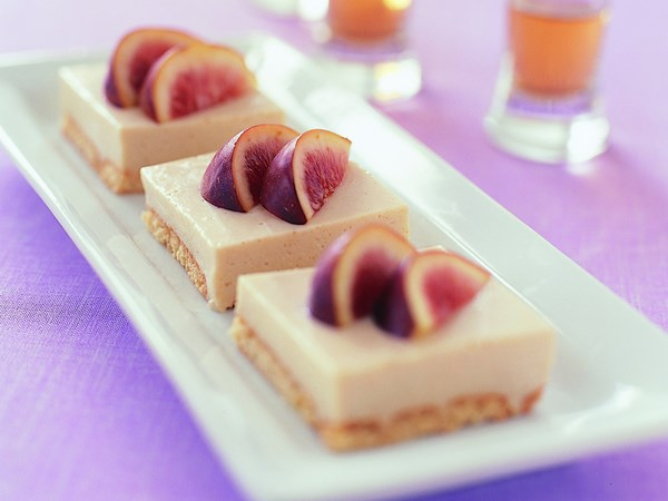 Fig-topped cheesecake