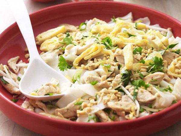 how to cook fresh wide rice noodles