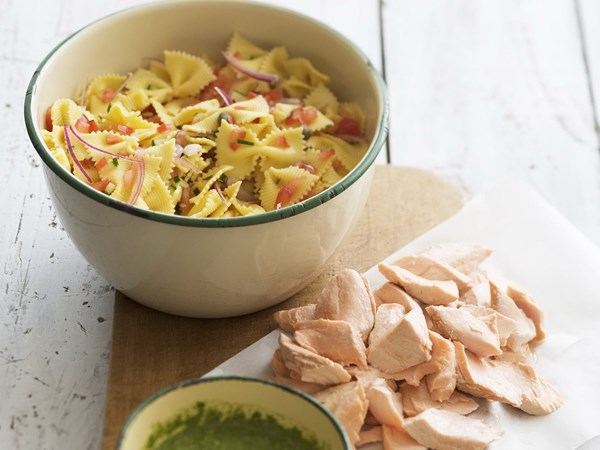 Poached salmon and pasta salad with rocket pesto