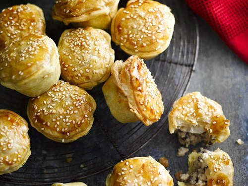 Chicken and mushroom party pies recipe
