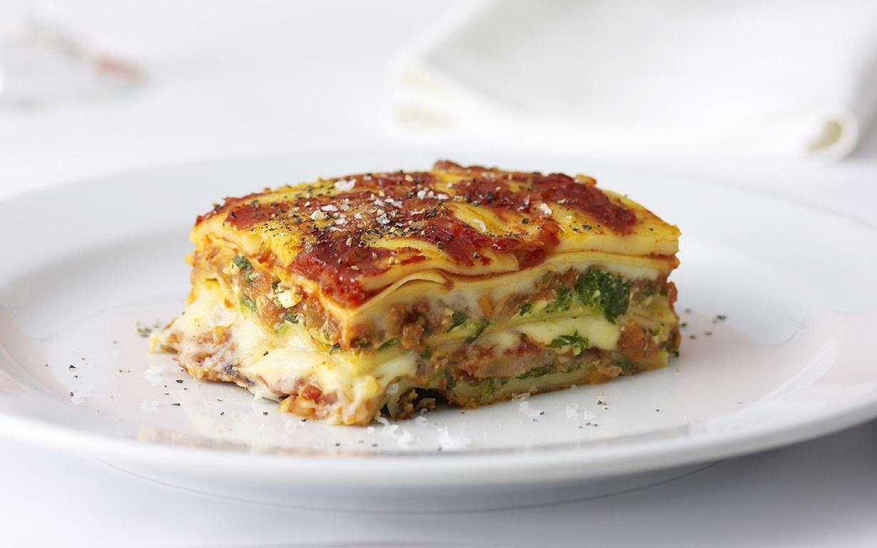 Italian sausage and three-cheese lasagne recipe | FOOD TO LOVE