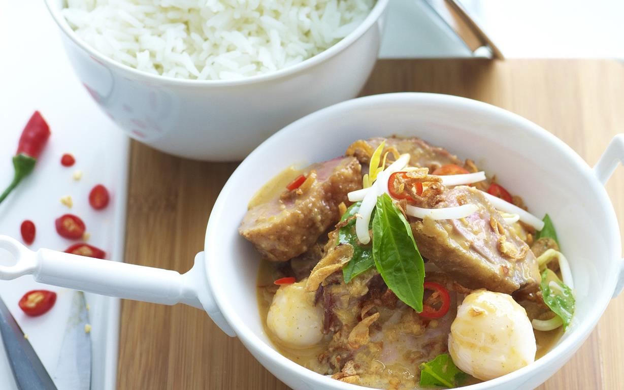 Red duck curry with lychees recipe | Food To Love