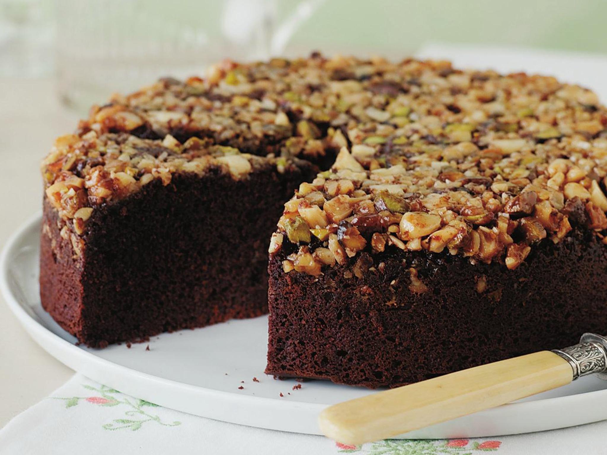 Caramel nut cake recipe
