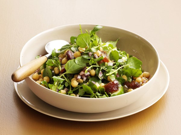 Chickpea and sumac salad