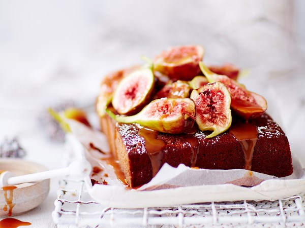 Almond and scorched fig tart