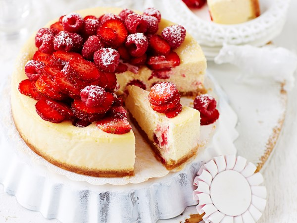 Raspberry and strawberry ricotta cheesecake