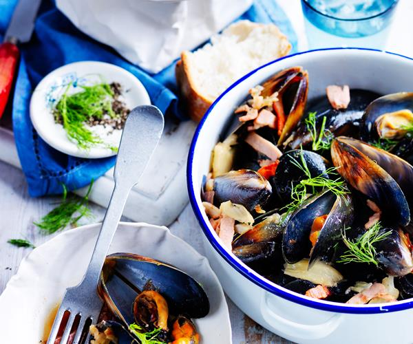 Bacon, cider and fennel mussels recipe | Food To Love