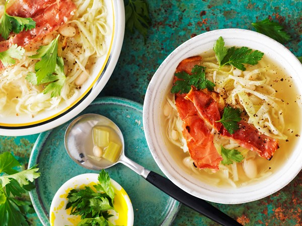 Italian white bean and cabbage soup