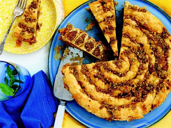 Pistachio baklava snake