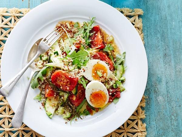 Mixed quinoa and tomato salad