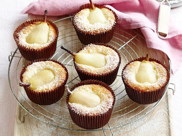 Little corella pear cakes