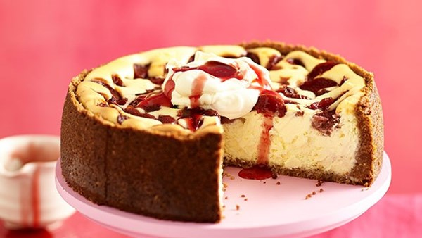 New York plum cheesecake