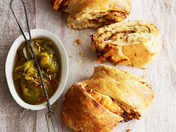 Caramelised onion and vintage cheddar pull-apart bread