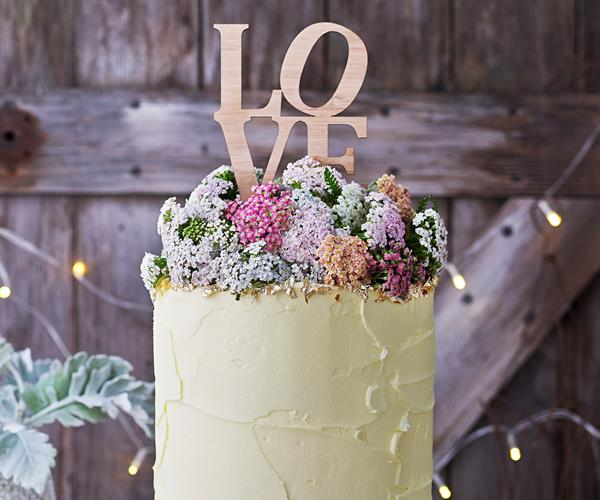 how to make a sponge wedding cake from scratch