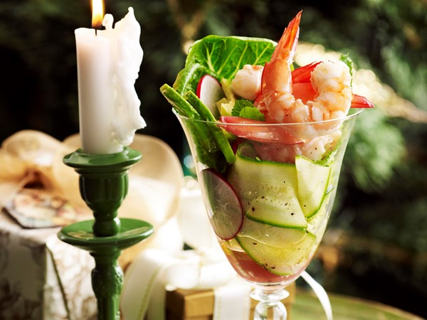 Prawn cocktail with zucchini and mint salad