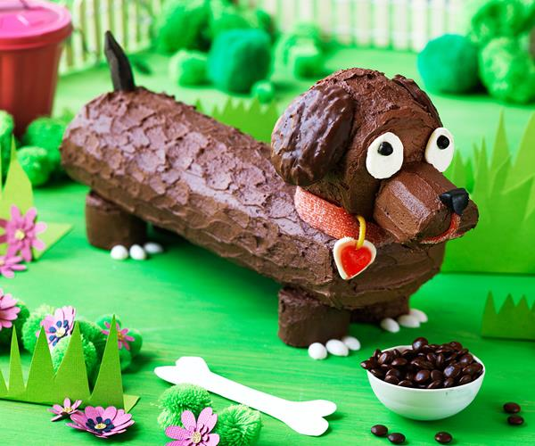 Sausage Dog Cake Decorations : Frankfurt the sausage dog cake recipe Food To Love