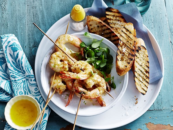 Grilled prawns with lemon grass and lime