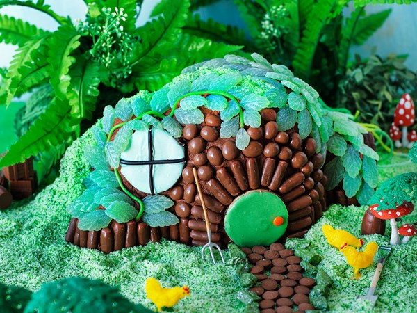 Hobbit S House Cake Recipe Food To Love