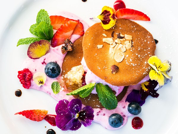 Almond & Cointreau tuile with fruits of the forest recipe