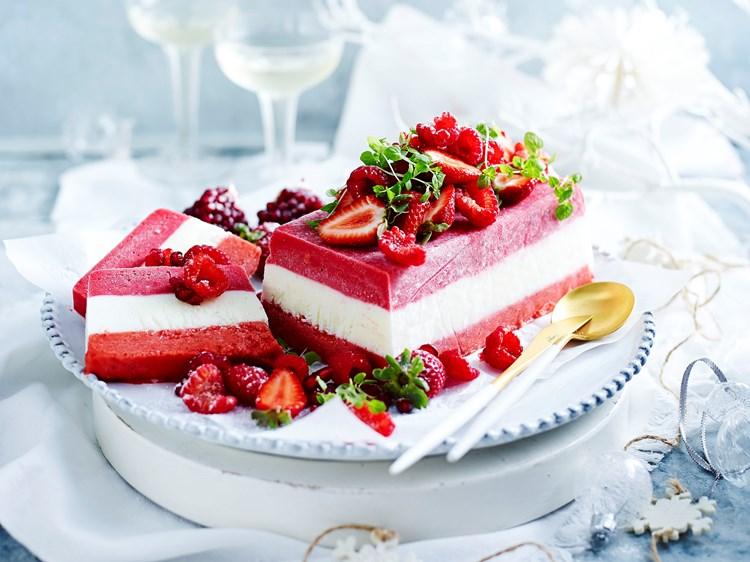 24 sweet strawberry dessert recipes