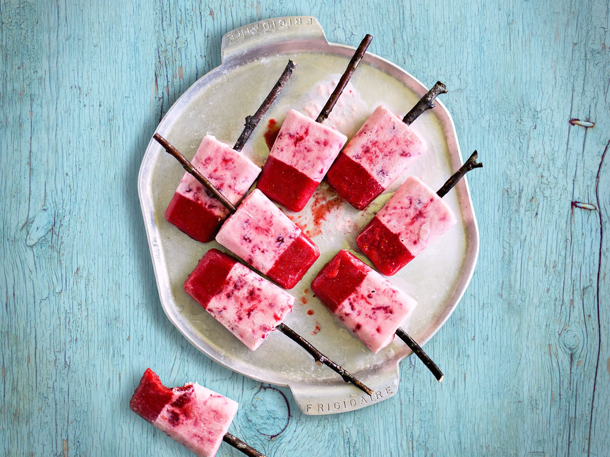 These [homemade strawberry toppas](http://www.foodtolove.co.nz/recipes/homemade-strawberry-toppas-21676) are a sublime relationship between strawberries and cream – with a cheeky, grown-up twist.