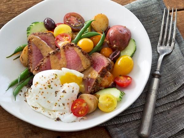 Niçoise salad with chia and chilli crusted tuna