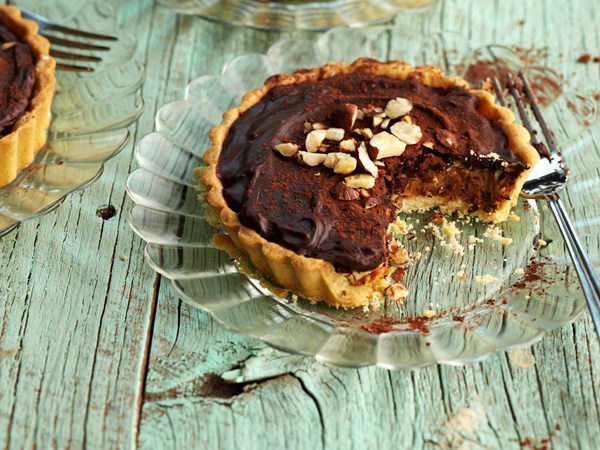 Chocolate caramel and hazelnut tarts