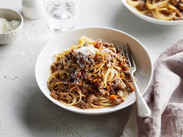 Rich and fragrant spaghetti bolognese