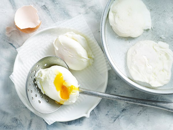 Simple poached eggs recipe