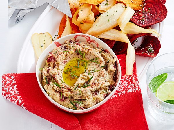 Butter bean and cranberry dip with crispy vege dippers