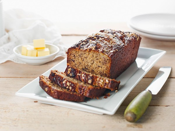 Banana, oat and yoghurt bread