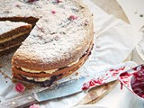 Hazelnut torte with plum cream