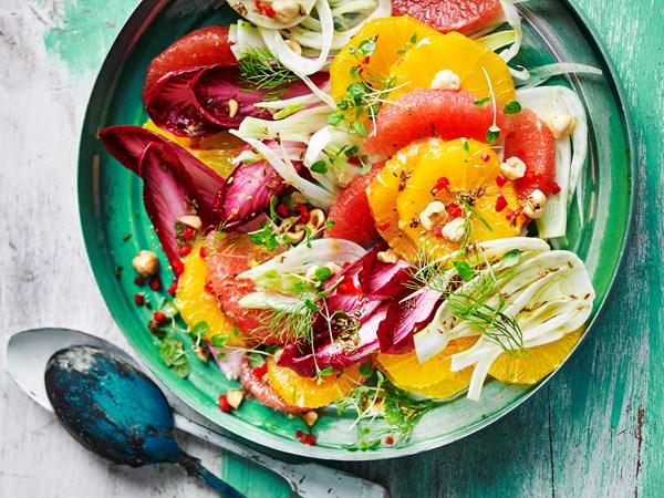 Orange, fennel and hazelnut salad