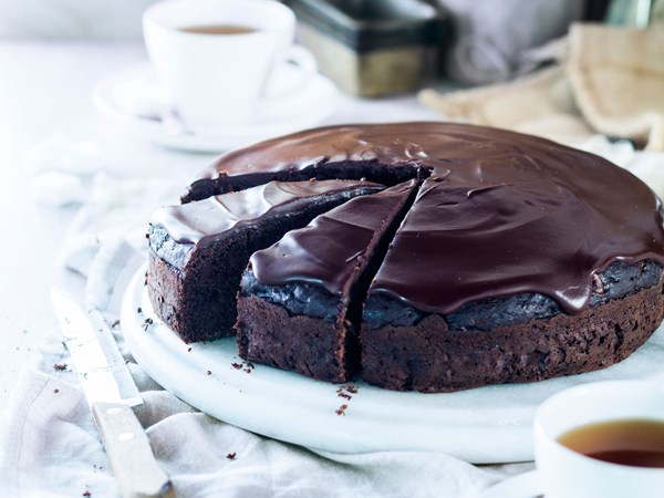 Chocolate courgette fudge cake