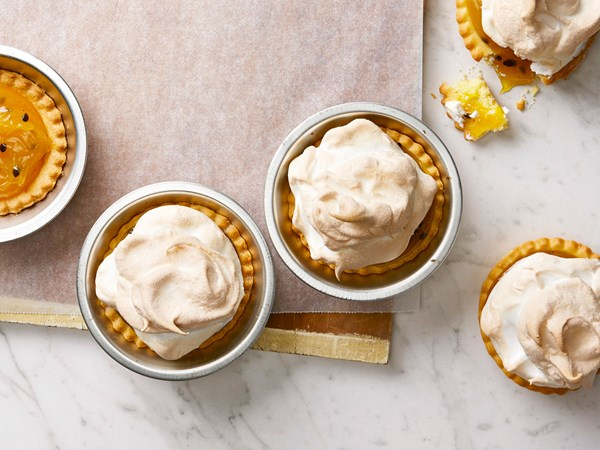Lemon pie meringues