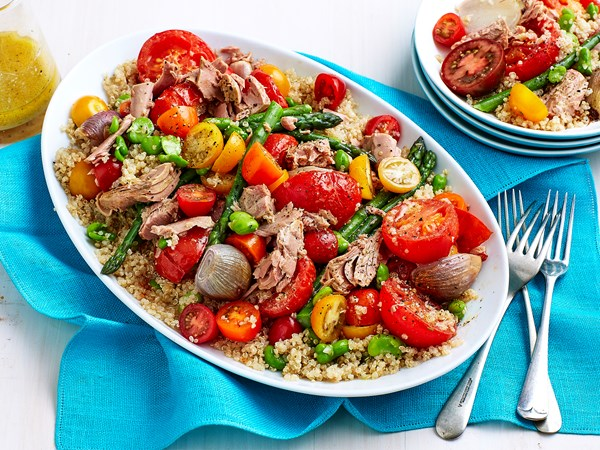 Roasted tomato, tuna and quinoa salad