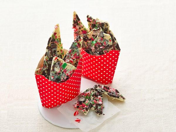 Cookies and cream Christmas bark