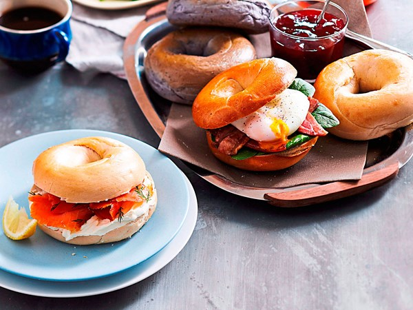 Bagel brunch