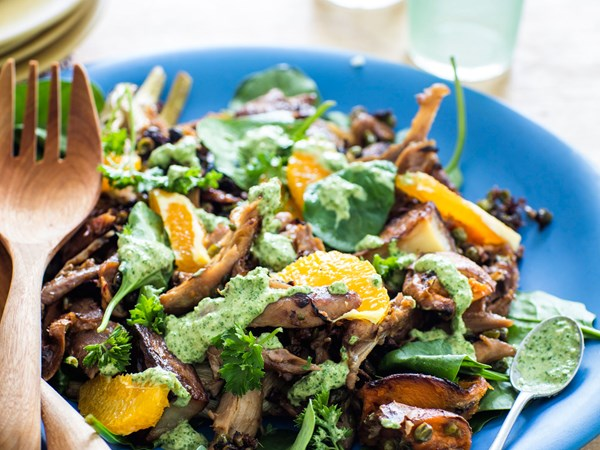 Leftover turkey and orange salad with green dressing