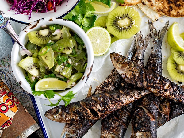 Mexican-spiced fish with kiwifruit salsa