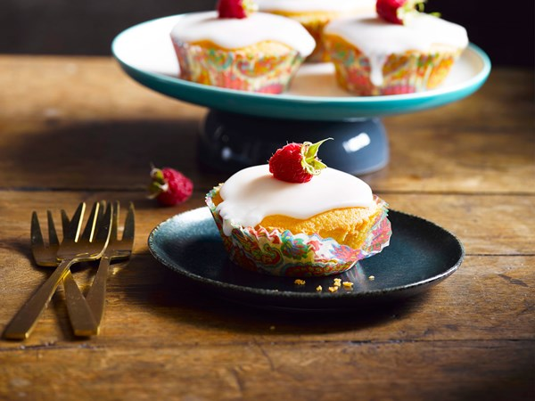 Raspberry polenta cupcakes
