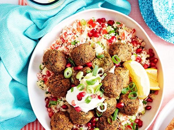15-minute tabouli couscous with falafels