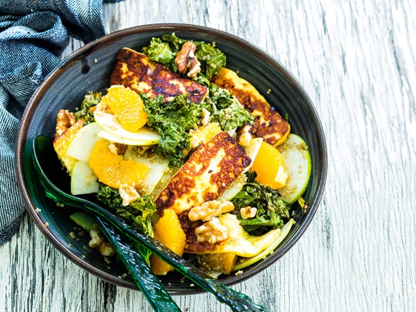 Grilled haloumi, kale, orange and apple salad