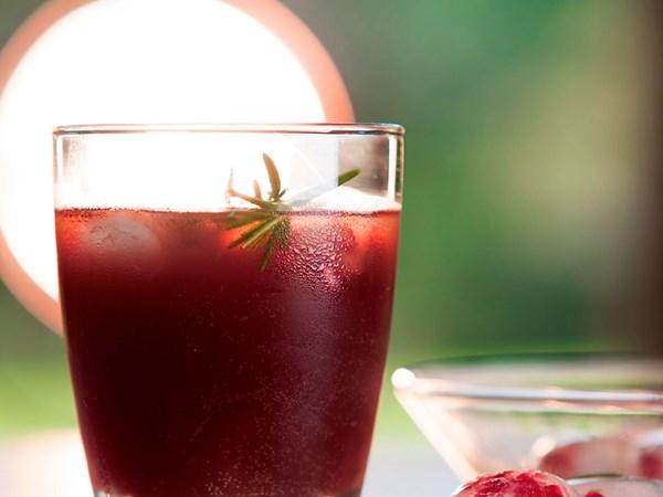 Pomegranate summer punch