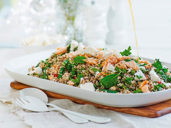 Spinach, kale and quinoa salad with orange and sesame dressing